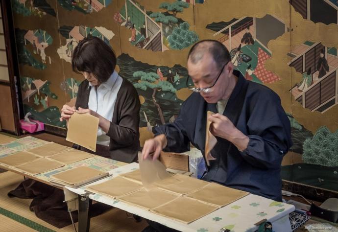 kanazawa-gold-leaf-makers-001